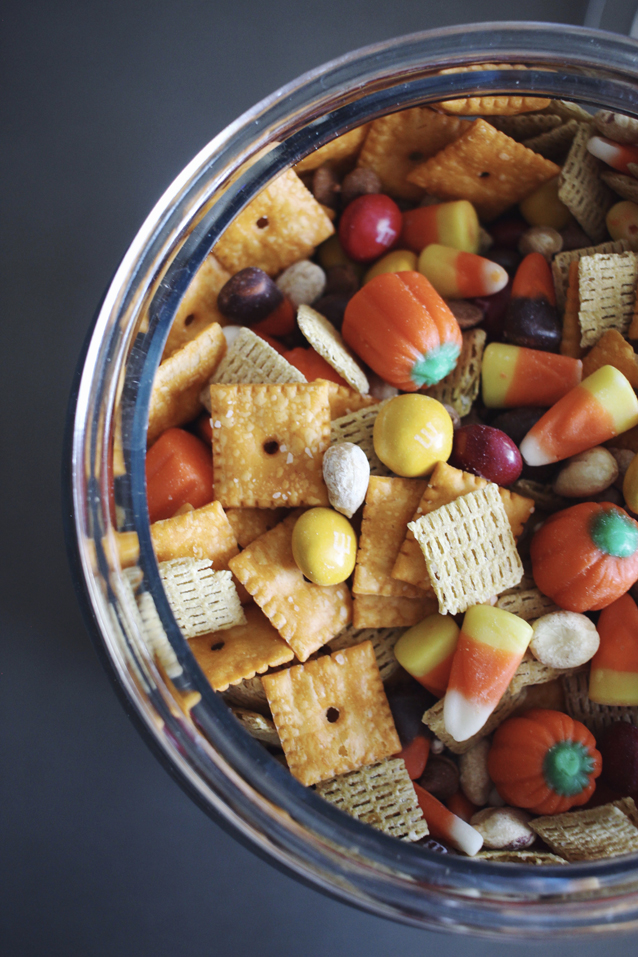 pumpkin spice trail mix via Finding Beautiful Truth