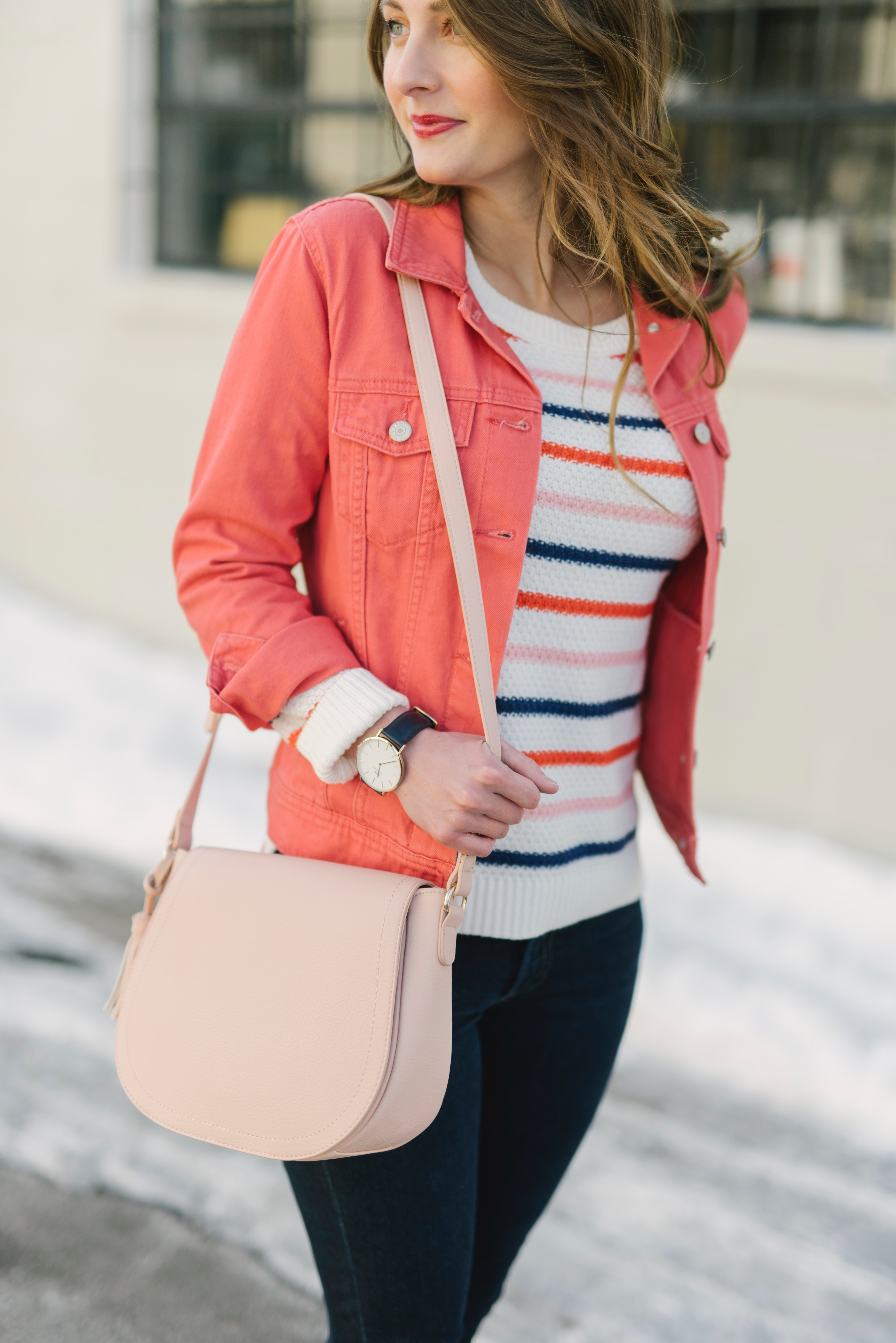 casual spring outfit idea | via Finding Beautiful Truth