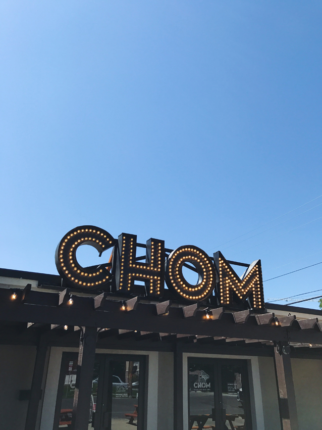 lunch at CHOM burger in downtown provo | via Finding Beautiful Truth