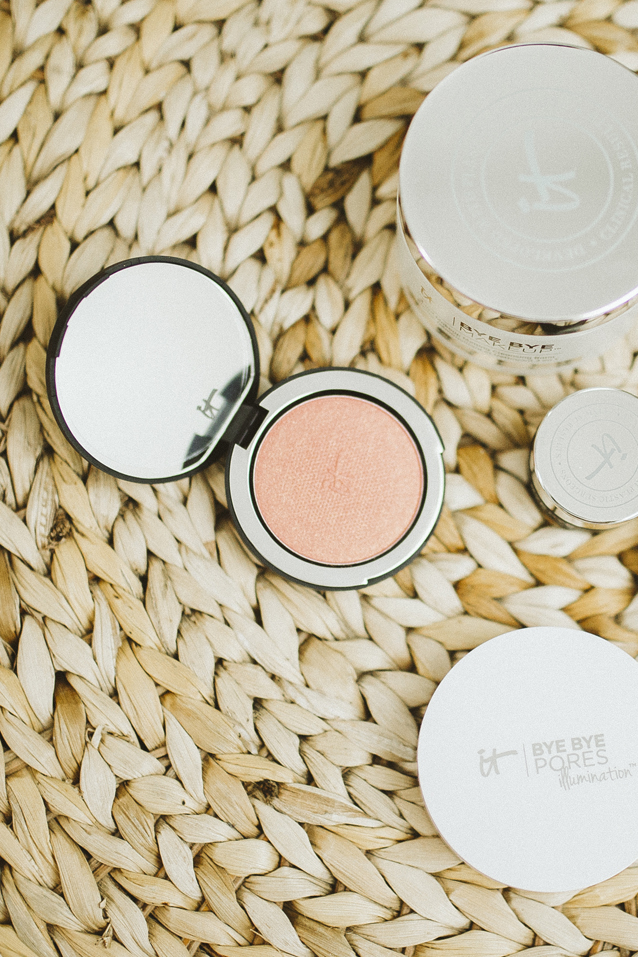 5 must-have beauty products by It Cosmetics | Finding Beautiful Truth